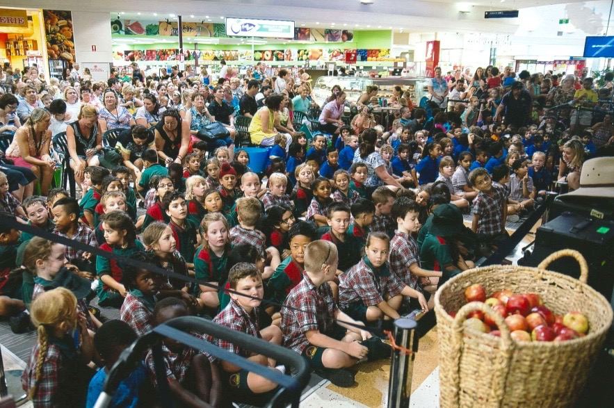 The crowd at the Taigum Shopping Centre
